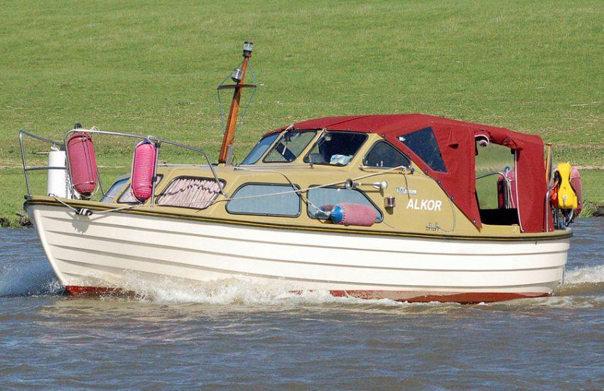 Handfunkgerät auf Binnenschiffen: Im Binnenschifffahrtsfunk auf Sportbooten leider unzulässig