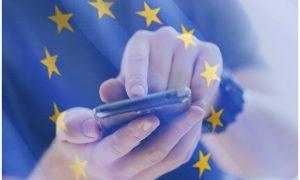 Symbol: Handy mit Europafahne symbolisiert den neuen Datenschutz